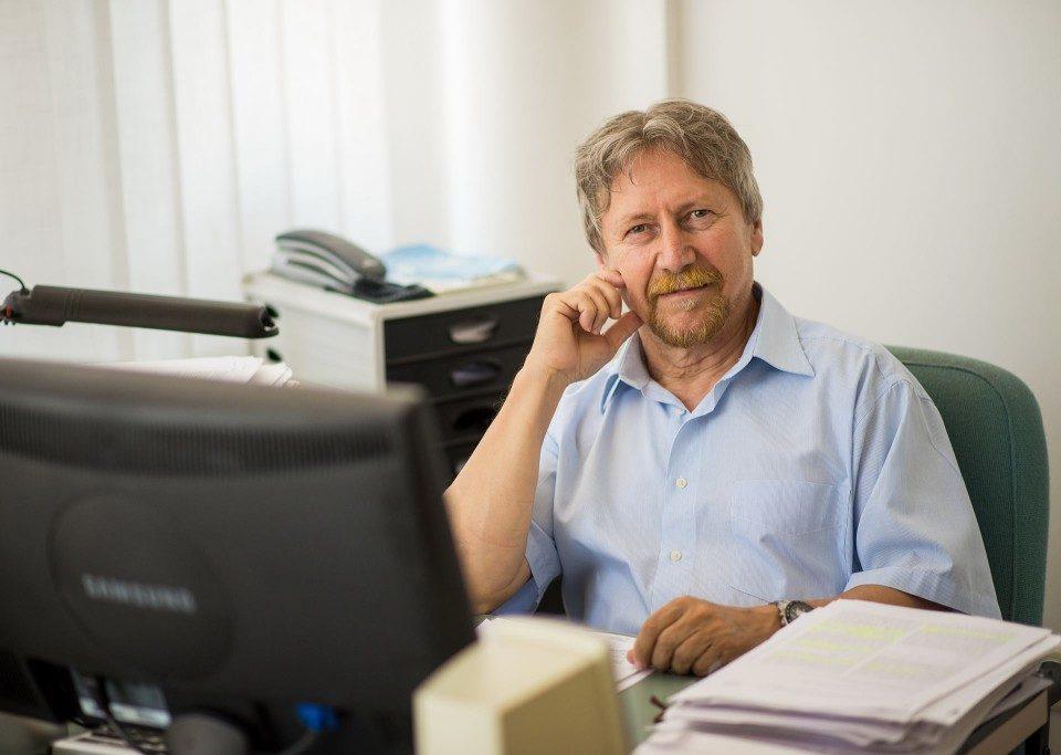 Dr. Kulcsár Gyula